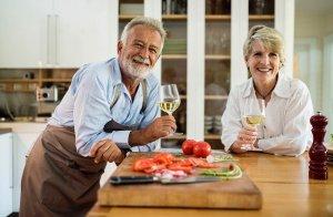 Read more about the article Prevenção das Doenças Sexualmente Transmissíveis (DST's) para idosos